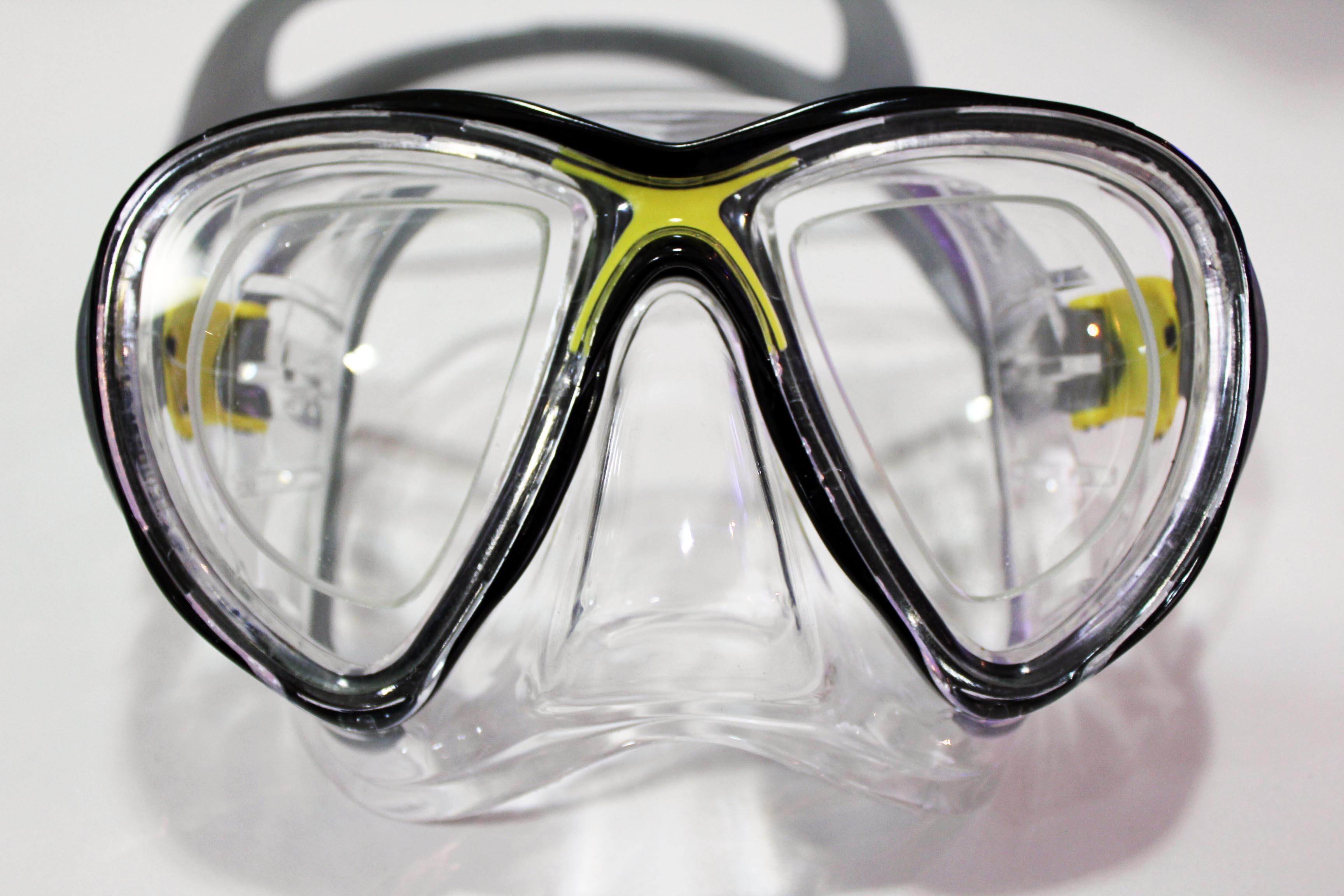 bcd3aad17ff1f Colocação de Grau em Máscara. Você pode mergulhar com o mesmo conforto que tem  usando seus óculos ou suas lentes de contato!